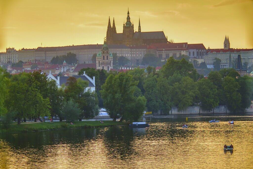 Prágai vár látkép - Prágai látnivalók