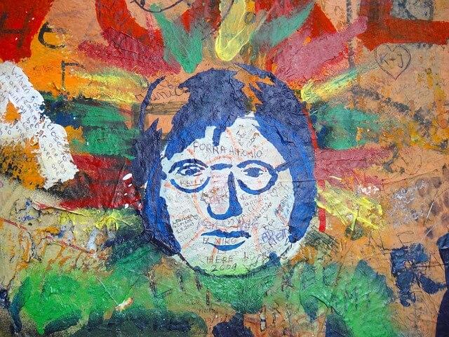 John Lennon fal Prága