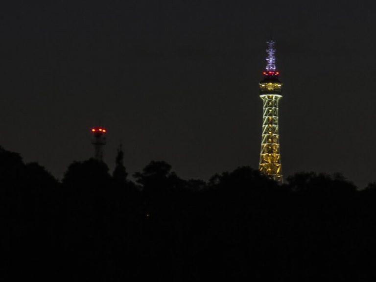 Petrin kilátó - Petrin torony éjszaka - Prága
