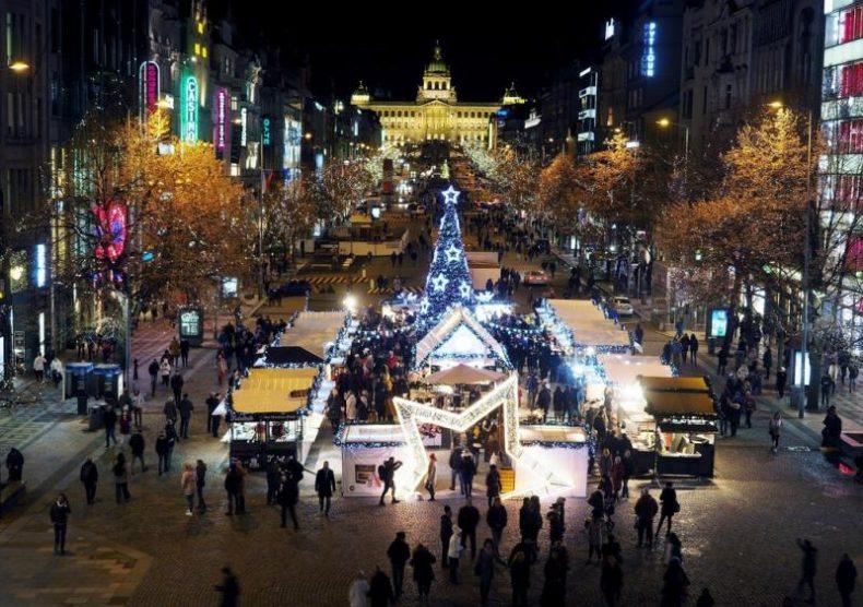 Prágai karácsonyi vásár, adventi vásár 2019 - Vencel téren